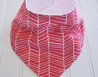 SALE/Bandana Bib, Baby Bandana, Bibdana/6 mo.--3 years/Herringbone Poppy/Organic Flannel Back