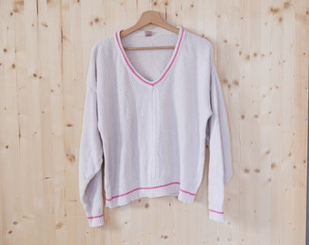 White Cotton Knitted sweater womens V neck sweater Vintage 90s