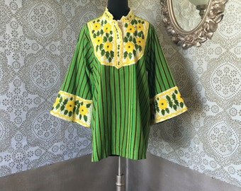 Vintage 1960's 70's Green Striped Tunic with Yellow Floral Embroidery XL
