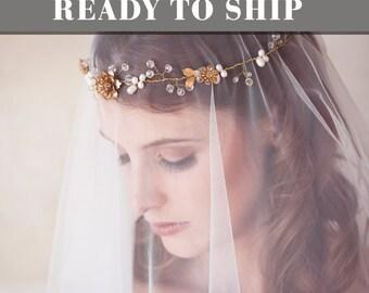 Gold Pearl Crystal Bridal Hair Wreath, Gold flower crown, bridal halo, Crystal Bridal Headpiece, Gold Crystal Hair Vine, READY to SHIP