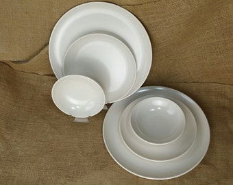 Vintage 6 pc Breakfast Set for 2 Ivory off white Melamine Melmac Mar-crest Plastic Picnic Glamping *eb