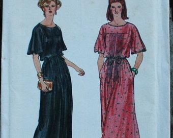 Vogue 7220 1970s 70s  Maxi Boho Dress Vintage Sewing Pattern  Size 10 Bust 32.5