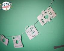 Camera paper and baker twine Garland. Vintage Decoration kids room. Birth Gift | Papier Crepon