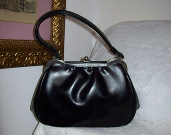 Vintage 1960s Ladies Black Vinyl Metal Frame Kelly Purse Only 11 USD