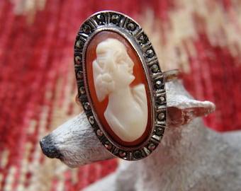 Cameo & Marcacite Small Ladies' Ring