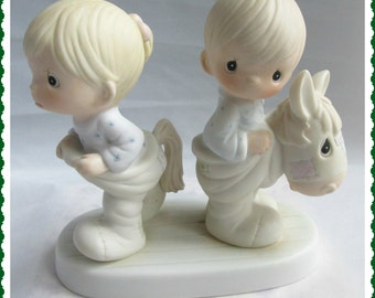 Precious Moments Figurine Enesco Imports Jonathan David 1982 How Can Two Walk Together