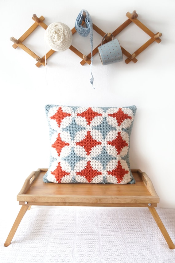 Pattern pillow cover modern crochet cathedral window