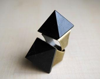 Black Tourmaline Pyramid Ring -- Tourmaline Stone -- Statement Ring -- Stone Pyramid -- Pyramid Ring -- Boho Chic - Healing Stone - Shungite