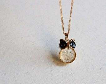 Cute owl necklace Tiny owl lady necklace Dainty small pendant with transparent stone Delicate jewelry