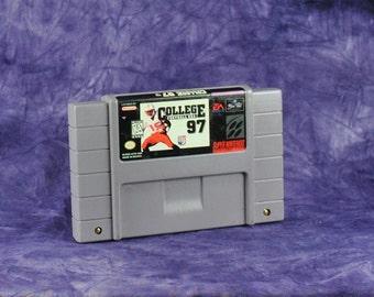 Vintage Super Nintendo SNES Game 16-Bit College Footbal USA 97 EA Sports 1996 - Stadium - Football Teams - Florida - Georgia - Iowa - Texas