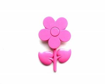 Vintage Pink Retro Flower Pin
