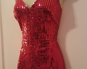 LADY IN RED // Sexy Sequin Babydoll Mini Dress 80's Frederick's of Hollywood 90's Size 9/10 Dancer Party Disco Metallic