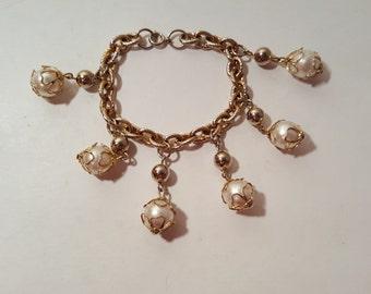FAUX PEARL BAUBLE Bracelet // Vintage Gold Chain Link Dangle Charm Bracelet Estate Costume Jewelry 50's Mid Century Modern 60's