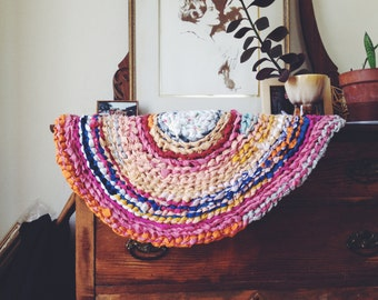 "28"" oval colorful rag rug"