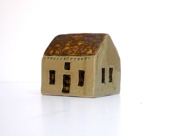 Country Cottage, Small House , Ceramic House , Miniature House