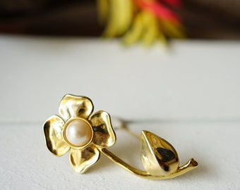 Vintage Jewelry, Vintage Brooch, Vintage Pin, 1950s Jewelry, Antique Jewelries, Costume Jewelry, Floral Brooch, Retro Pin, Vintage Accessory