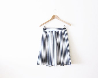 80s Striped Skirt / Nautical Stripe Knee Skirt / Navy Blue White Pleated Skirt / Sailor / Small