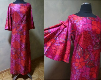 Tropical Flowers 1970s Maxi Dress with Flared Lined Sleeves Fuchsia and Red Tiki Party Beach Party