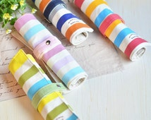 Canvas crochet hook roll, knitting needles case, organizer, dpn organizer, needle roll. Hook storage. 4 colors. Sharp, clean design.