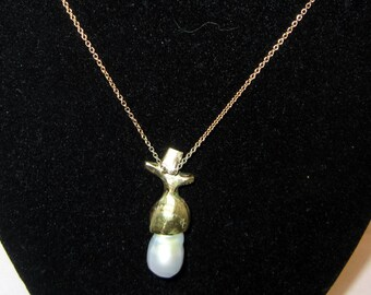 Acorn gold and pearl necklace