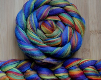 "Merino ' WOOLY-WOW Roving in ""Topsy-Turvy"" colorway - Royal blue, purple, yellow, red, orange, green blend - Spinning Felting braid fiber"