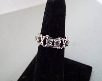 hugs and kisses X & O sterling silver topaz ring eternity ring wedding band size 6
