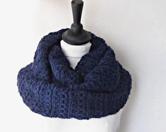 Navy infinity scarf, knit circle scarf, navy knitted scarf, Winter scarf, Winter accessories, ladies scarf, uk scarves, navy loop scarf