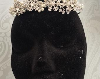 Tiara - Snowflake  - Bridal tiara - wedding headdress - Winter wedding - Bridal headband - Christmas - winter wedding -Snowflake - Tiara - f