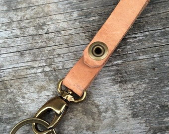 Real leather key-chain, Veg tan leather, Leather keychain, Custom keychain, Leather accessories, Mens accessories, Gifts for him, The Olive