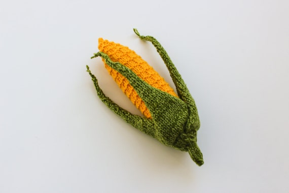 Soft toy corn - Pretend play vegetables - Montessori shopping game - harvest knitted vegetable yellow green sweet corn educational play food