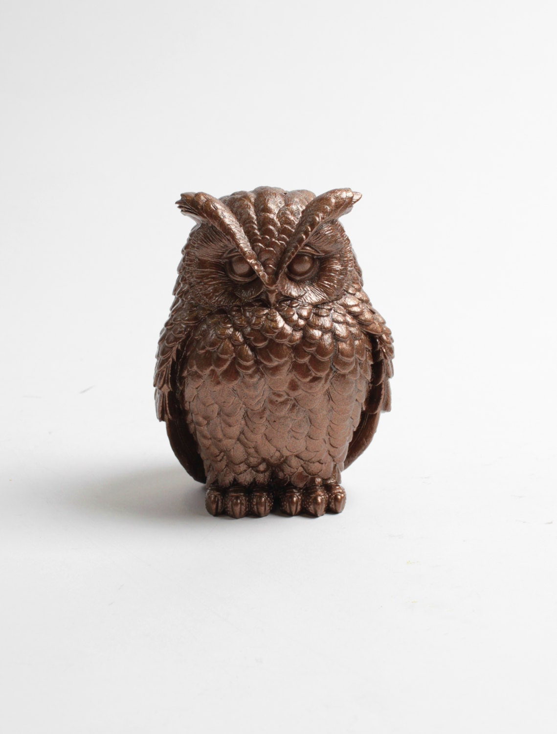 Owl home decor the chubby little bronze owl barn owl for Owl decorations for the home