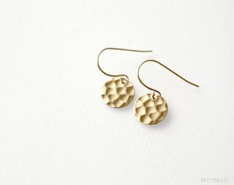 disc - hammered disc earrings / raw brass, minimalist, dainty jewelry
