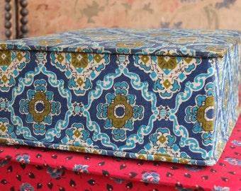 Antique French boudoir boxes Vintage Art Deco Interbellum printed fabric textile storage case gloves handkerchief lace Mademoiselle trinket