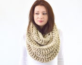 Chunky Infinity Scarf //The Dresden // in Oatmeal