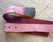Reserved for Paula Gap Red Hammered Belt Size M  /  Unisex Geniune Leather Belt Made in USA for Gap  /  Vintage Red Leather Belt Size M  /