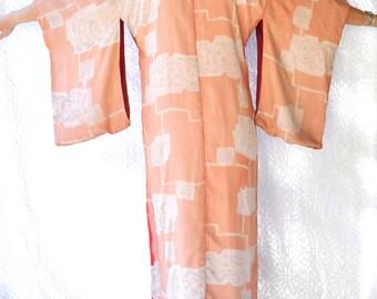 Vintage Silk Kimono | Two Tone Pink & Red Long Kimono. Longer Sleeve Kimono Robe | Woven Cotton Lining. Textured Silk Authentic Kimono