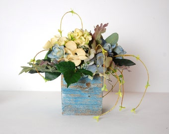 Silk Floral Arrangement, Faux Flower Arrangement, Garden Style Floral, Small Garden Bouquet, Barnwood, Hydrangea, Blue, Cream, Lavender