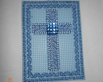 Crosses in Plastic canvas (3 colors)