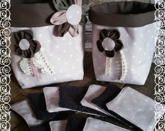 Lot of 2 tidies or flexible baskets for bathroom with 11 remove make-up, pink and brown