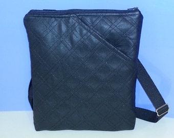 Messenger Bag to carry I-Pad and E-Readers