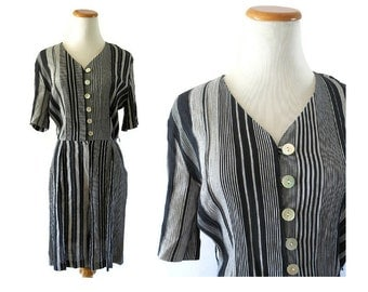 Striped Romper 80s Black Gray Stripes Modest 90s Playsuit Onesie 1990s Summer Skort Hipster Indie Size Medium 8