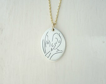 Summer Sale! Minimalist European Robin Necklace Pendant // Engraved Fine Silver Bird // Optional 9ct Yellow Gold Chain // Full Hallmarks