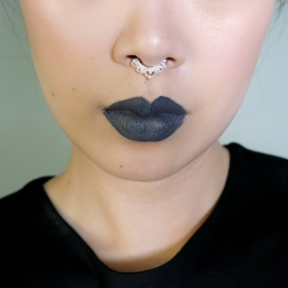 Faux Septum Ring Silver Makeup
