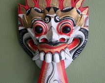 Mask.  Carved in Wood Hand Painted Mask. Primitive Vintage Colorful Mask.  Mask for Home Wall Decoration. Ready to Hang Wooden Mask.