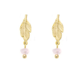 «NATURE» earrings matte gold 18 k with stem cash / / in Abitib / / in Quebec / / Mrs. Elyse