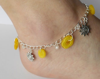 Yellow Flower Anklet, Jewellery for Women, Holiday Gift Idea, Sewing Token for Friend, Playful Thank You Gesture, Yellow Flowers, Gypsy