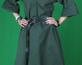 Green over tunic - 1 of a kind - E 29