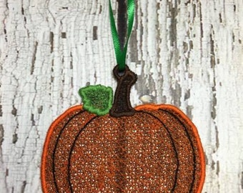Free Standing Lace Tag - Pumpkin - FSL-  Digital Embroidery Design