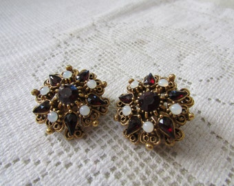 Vintage estate Florenza Victorian Revival garnet and opal  rhinestone star clip on earrings prom, wedding glitz