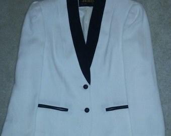 Vintage 90s White/Black Blazer